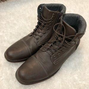 Men's Steve Madden boots size 11